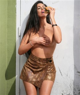 Tania Marie Sexy & Topless