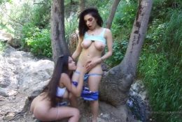 Autumn Falls Nude Lesbian Onlyfans Video Leaked