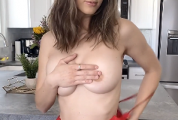 Natalie Roush Nude Valentines Day Video Onlyfans Leaked